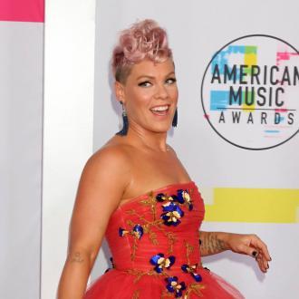 Pink's daring AMA performance