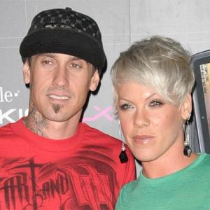Pink Praises 'Natural' Dad Carey