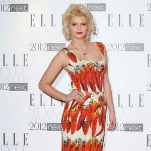 Pixie Geldof Plays Guess The Poo