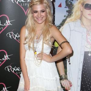 Pixie Lott's Fashion Inspiration