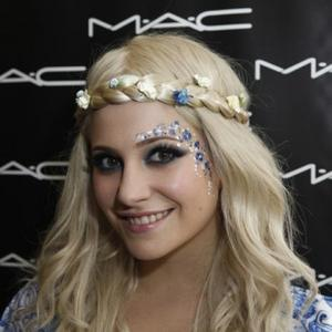 Pixie Lott Planning To Write With British Stars