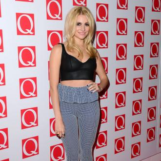 Pixie Lott Wants Own Fashion Line