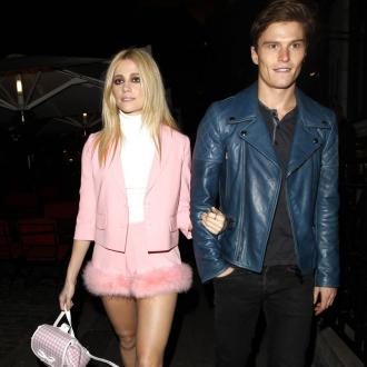 Pixie Lott Cast Oliver Cheshire In Break Up Song Video