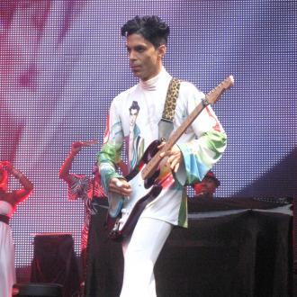 Prince sings for Madonna
