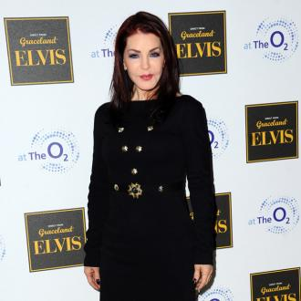 Priscilla Presley uncomfortable with fame