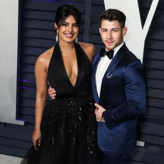 Nick Jonas is teaching Priyanka Chopra how to play piano