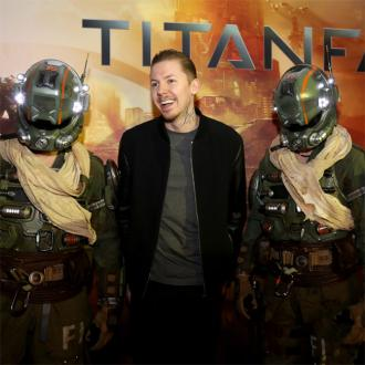 Professor Green Has To Master Titanfall
