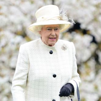 Queen Elizabeth sends her 'enduring appreciation' to healthcare workers