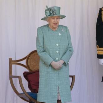 Queen Elizabeth amused by bobsleigh training efforts