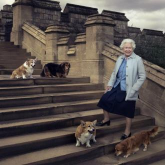 Queen Elizabeth Mourns Dog