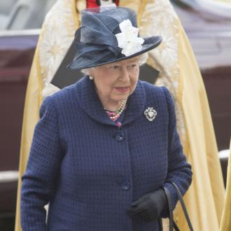 Queen Elizabeth II urges people to 'protect the vulnerable' amid coronavirus crisis