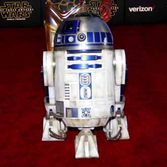Jimmy Vee Cast As R2-D2 In Star Wars: The Last Jedi
