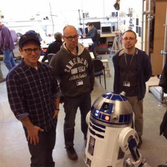 R2-D2 Confirmed For Star Wars Episode Vii