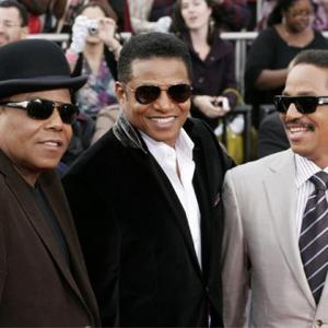 http://images.contactmusic.com/newsimages/randy_jackson_with_brothers_marlon_and_tito_1148072.jpg