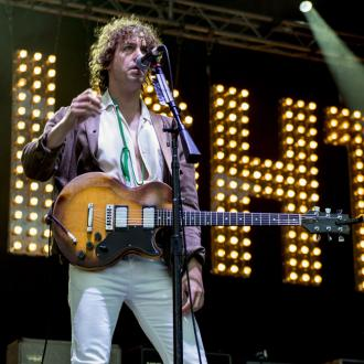 Johnny Borrell wants ex-bandmate to rejoin Razorlight