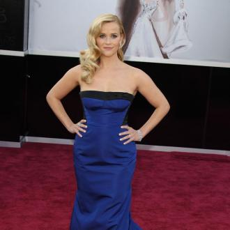 Reese Witherspoon In Talks To Produce The Engagements