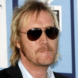 Rhys Ifans Defends Marijuana Use