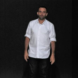 Riccardo Tisci Extends Givenchy Contract