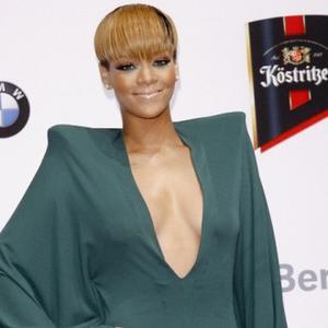 Rihanna Hurt Rib