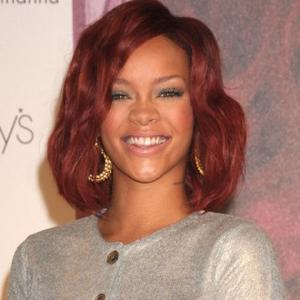 Rihanna Likes Her Men 'Hot And Hung'