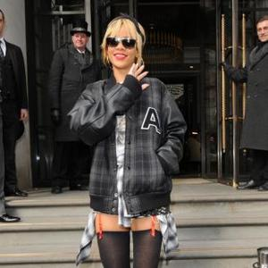 Rihanna 'Wants To Party With Kate Moss'