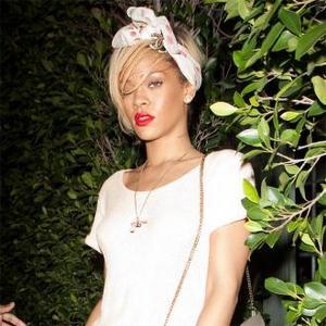 Rihanna Would 'Love' Whitney Houston Role