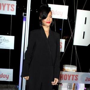 Rihanna Loves A Man's Smell