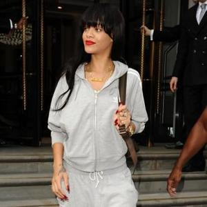 Rihanna Fears Heartbreak