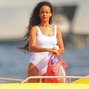 Rihanna Invites Tinie Tempah On Holiday