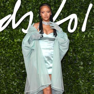 Rihanna shares her beauty tips with fans