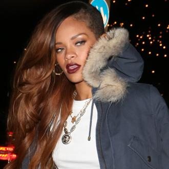 Rihanna Turns To Chris Brown For Tour Support