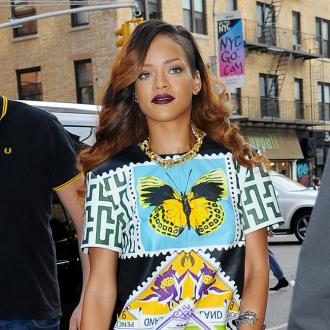Rihanna Insists 'Love Ain't For Kidz'