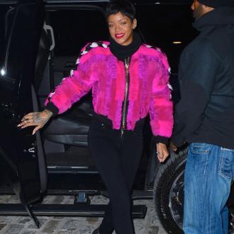 Rihanna Snubs Rita Ora