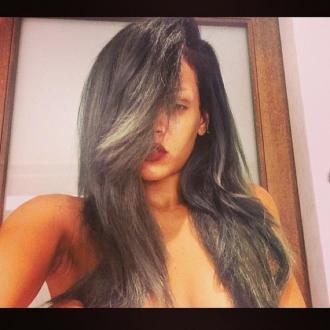Rihanna Dyes Her Hair Grey