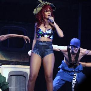 Rihanna Takes Up Belly Dancing