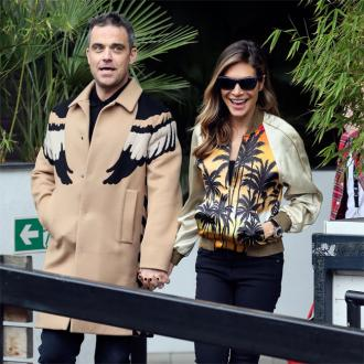 Ayda Field recalls Robbie romp in front of dogs