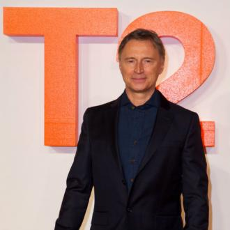 Robert Carlyle hints at Trainspotting 3