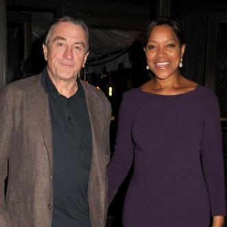 Robert De Niro Buys Firefighters Lunch