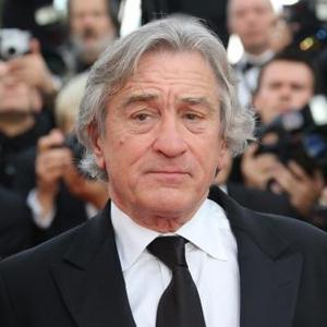 Robert De Niro Apartment Catches Fire