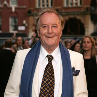 Harry Potter star Robert Hardy dies