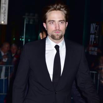 Robert Pattinson got car wash job