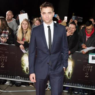 Robert Pattinson lives in 'terror'