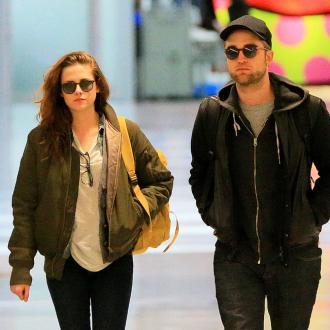 Robert Pattinson And Kristen Stewart Living Together