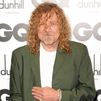 Robert Plant recalls watching Willie Nelson give free weed away