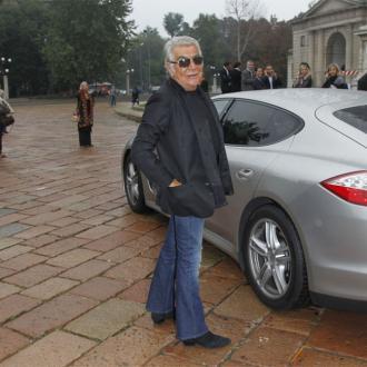 Roberto Cavalli: Lagerfeld looks 'ridiculous'