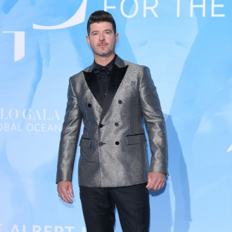 Robin Thicke wants Drake collaboration