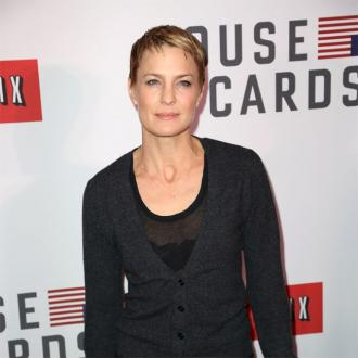 Robin Wright wears Spanx to 'hold the bakery in'
