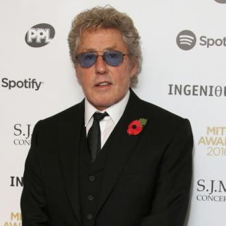 Roger Daltrey struggling to write his autobiography