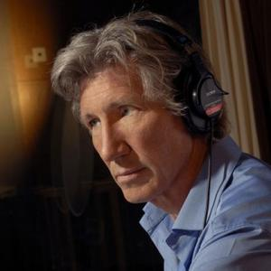 Roger Waters Will Build The Wall Alone