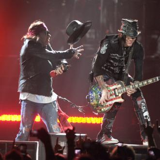 Guns N Roses guitarist slams music industry